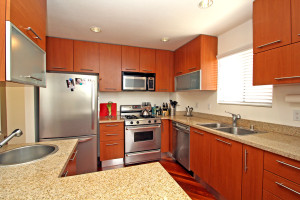 2045_beloit_ave_unit_306_MLS_HID1038381_ROOMkitchen